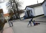 POLITIK-BLICK-Forscher - Wohnsitzauflage schmälert Job-Chancen von Flüchtlingen