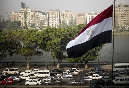 أكبر شركة نفط في الشرق الأوسط تخرج من مصر، لماذا القصة كاملة؟