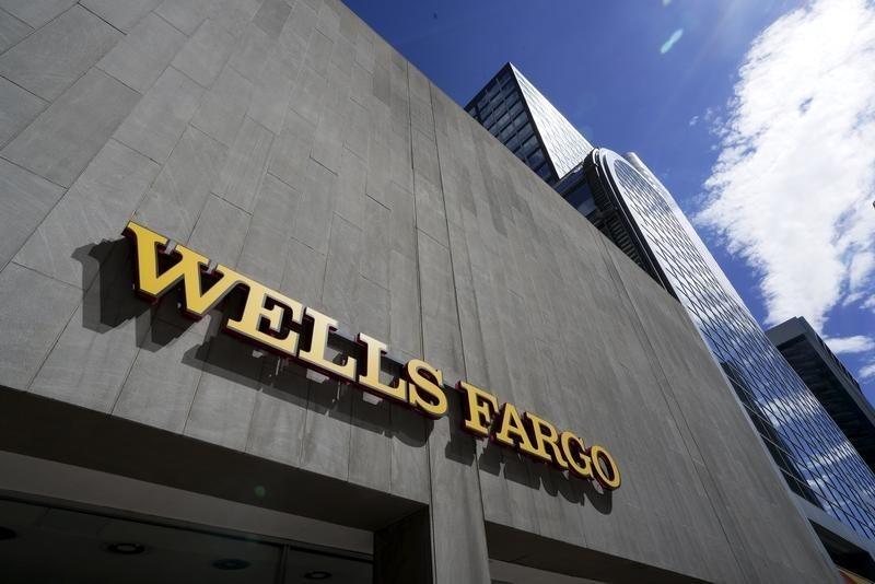 Should You Buy Wells Fargo Into Earnings?