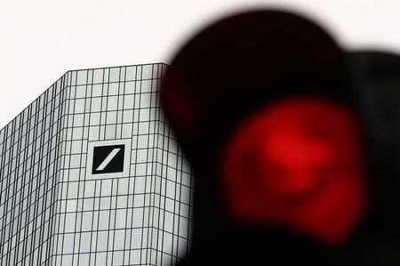 Deutsche Bank's Sewing Says ECB Missed Exit From Negative Rates