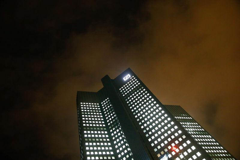 Insider - Deutsche Bank legte Geldwäsche-Verdachtsfälle verspätet offe