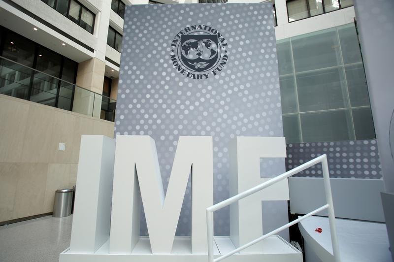 IMF Proyeksi Pertumbuhan Ekonomi RI Turun Jadi 1,5%, Diprediksi Naik 2021