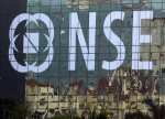Indian shares end higher; Reliance Industries leads