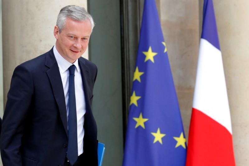 © Reuters.  Escolano se reunirá en Madrid con homólogo francés para tratar reforma euro