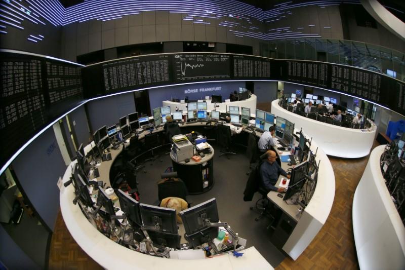 © Reuters.  Allemagne: Les marchés actions finissent en baisse; l'indice DAX recule de 0,93%