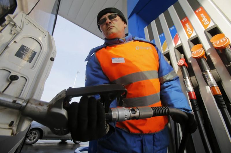 Без изменения расчета демпфера цены набензин продолжат рост