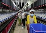 Economia da China desacelera em outubro após restrições do governo afetarem indústria e varejo