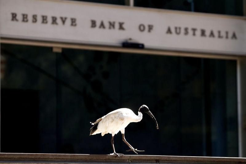 Cómo la flexibilización de RBA resultó contraproducente en un accidente repentino para Aussie Bonds Por Bloomberg 1
