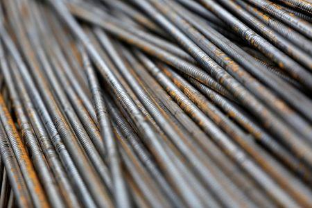 FIRMEN-BLICK-Stahlhändler KlöCo kappt abermals Gewinnprognose