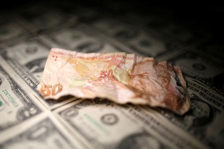الليرة التركية بعد فشل الحل الاقتصادي، هل تنجح حلولا أخرى؟