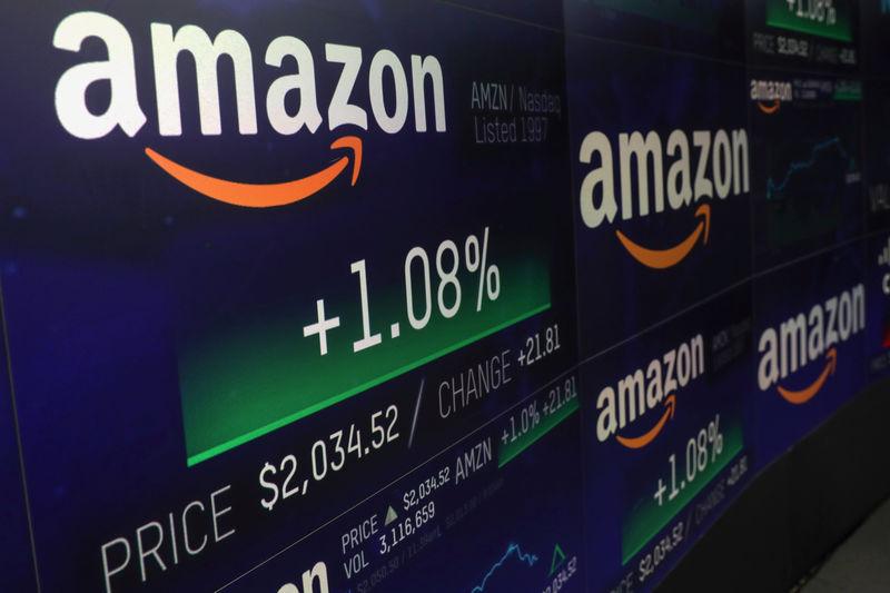 © Reuters.  Amazon.com acquiring home Wi-Fi company eero