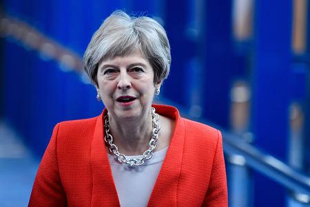 Brexit: scontro tra banche UK e quelle Usa con May in difficoltà