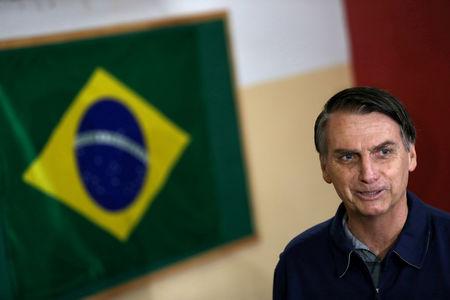 Bolsonaro diz que está