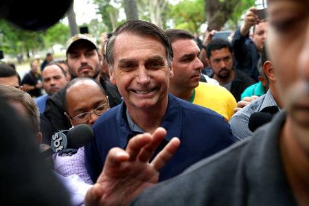 Governadores apóiam veto a reajuste e Bolsonaro anuncia para breve sanção de ajuda a Estados