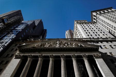 Pasaran A.S. bercampur pada penutup; Dow Jones turun 0.01%