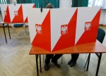VORBERICHT-Polen wählt neues Parlament - Regierende Partei PiS Favoritin