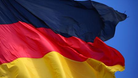 معهد: معنويات المستثمرين الألمان ترتفع بفعل تطورات التجارة