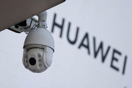 Xiaomi grabs smartphone marketshare in third quarter as Huawei wobbles - data