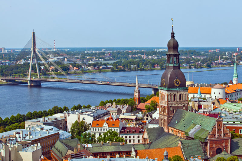 Минфин Латвии повысил прогноз по росту ВВП на 2018-2019 годы