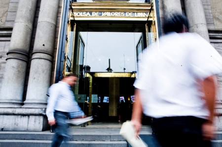 مؤشرات الأسهم في بيرو هبطت عند نهاية جلسة اليوم؛ S&P Lima General تراجع نحو 0.02%