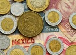 Mexico Raises Rate as Peso Weakness Spurs Inflation Concerns