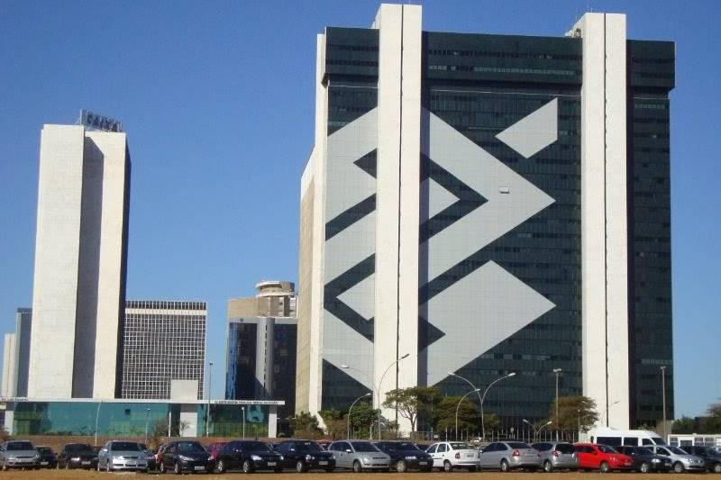 BB-BI eleva preços-alvos para todas as varejistas cobertas pelo banco