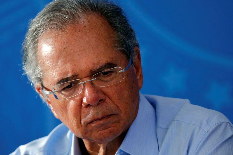 Nova lei de falências deve acelerar recuperação de empresas, diz Guedes
