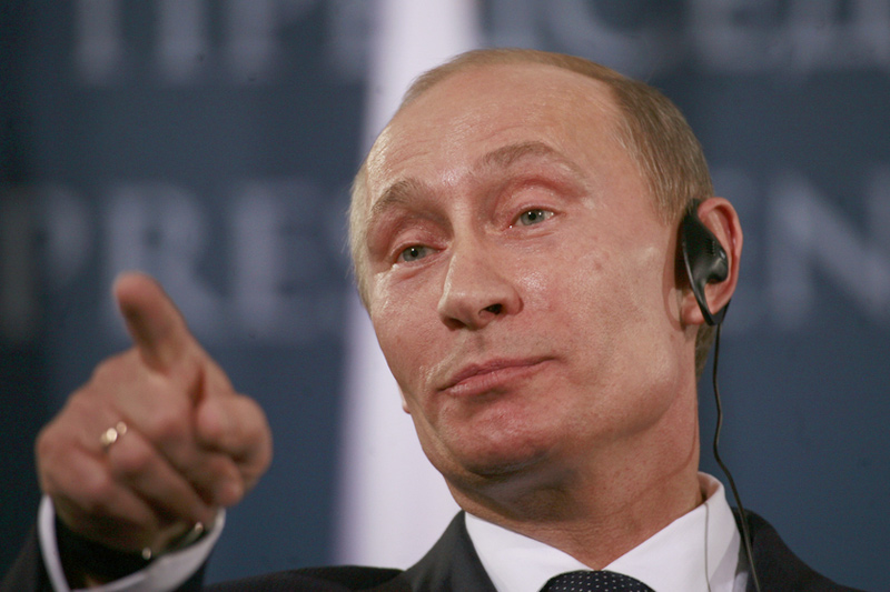 Putin, Less Isolated and Emboldened, Vows to Wait out the West