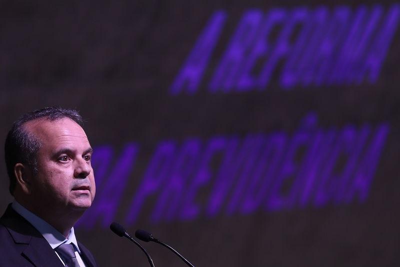 Marinho 'cutuca' Guedes e defende que brasileiros possam viver até 120 anos