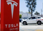 Little on UK agenda aside from deal-or-no-deal over Brexit, but Tesla's S&P promotion, US stimulus eyed over festiive fortnight