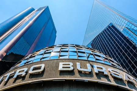 墨西哥股市上涨;截至收盘S&P/BMV IPC上涨2.09%