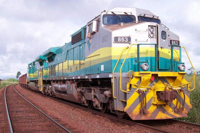 Resultado de imagem para VLI anuncia chegada de 26 novas locomotivas para Ferrovia Centro-Atlântica