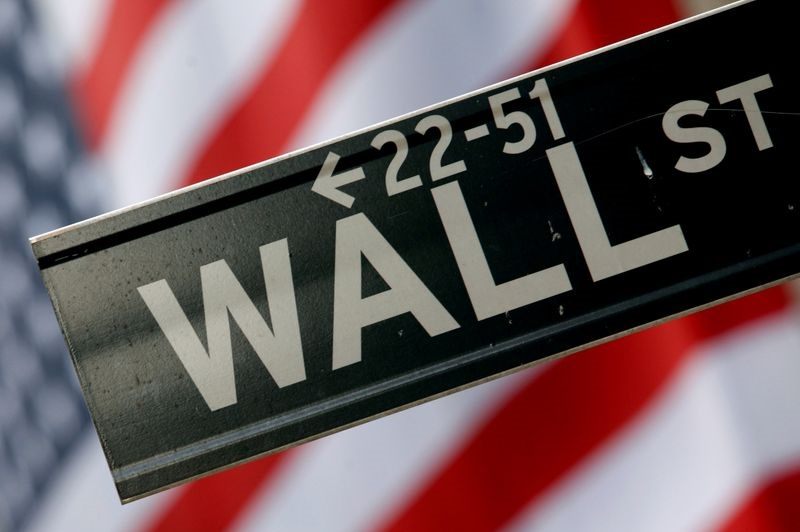 Wall Street Opens Mostly Lower as Bond Yields Rise Again