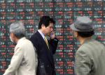 Asian Shares Gain On US Showing, Nikeei 225 Up Near 26-Year Highs
