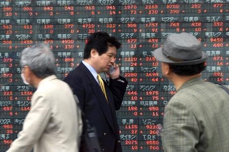 ارتفاع الأسهم الآسيوية و تعافي المؤشر الرئيسي من أدنى مستوى في ثلاثة أشهر