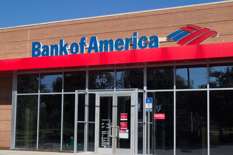 Bank of America Stock Falls 4%