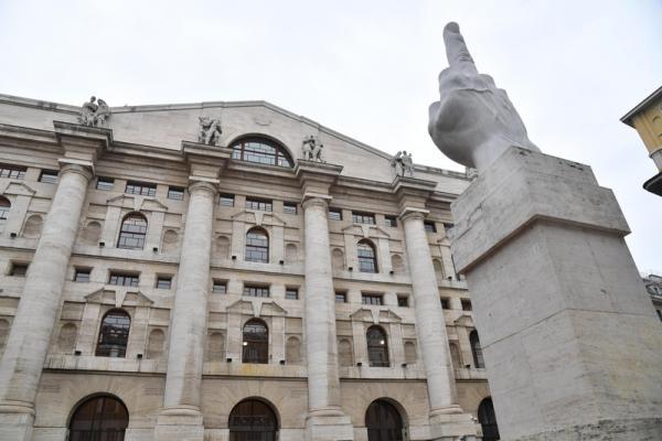 © Reuters.  Italie: Les marchés actions finissent en baisse; l'indice Investing.com Italie 40 recule de 1,47%