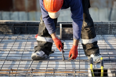 UK Construction PMI Falls to 52.1 in September