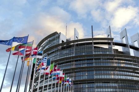 StockBeat: Quel sera l'impact des élections européennes sur les marchés?