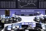 Borse Europa da piatte in calo, occhi puntati su Grecia
