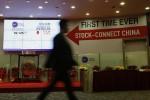 Shanghai-Hong Kong stock connect sees record turnover
