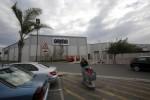 Wal-Mart makes slow progress navigating Africa's challenges