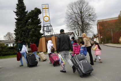 Germans see refugees as biggest problem despite falling numbers
