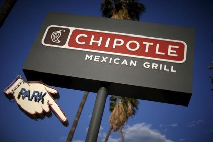 Pushed by investor Ackman, Chipotle adds four new directors