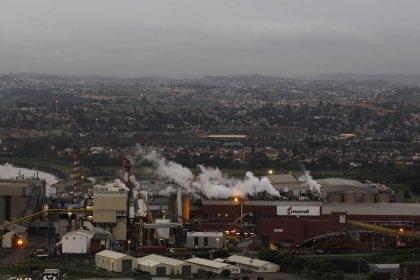 Paper maker Mondi's 2016 profit rises, see challenges ahead
