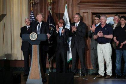 Trump signs order dismantling Obama-era climate policies