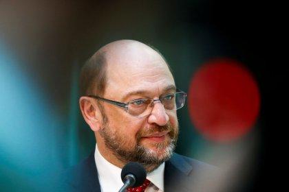 German SPD closing on Merkel's conservatives, AfD at lowest since November 2015: poll