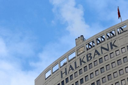 Halkbank says Turkish government working on issue of executive's U.S. detention