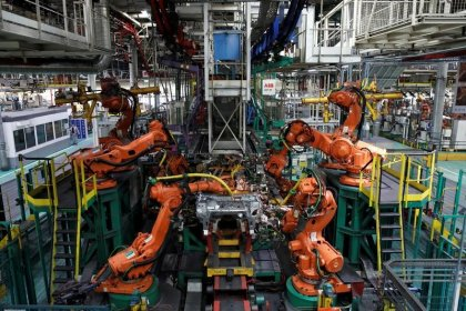 French industrial output drops unexpectedly in February