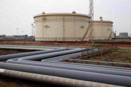 Нефть развернулась к росту благодаря возможному продлению пакта ОПЕК+